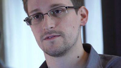 """Rússia estende visto de permanência de Snowden por """"mais alguns anos"""""""