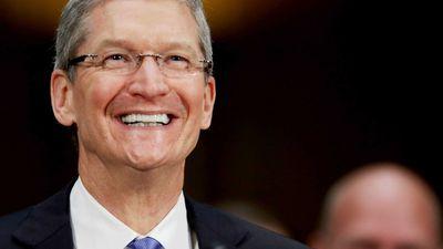 Apple bate o próprio recorde e atinge o valor de mercado de US$ 923 bilhões
