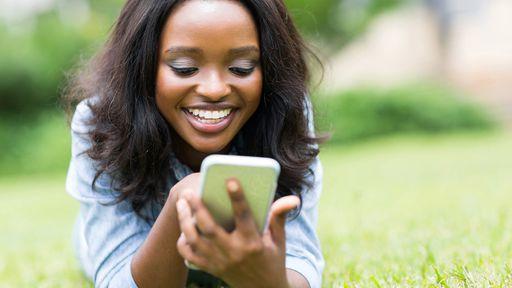 Recadastramento de clientes de celulares pré-pagos começa em 17 estados