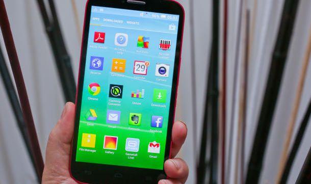 O Pop S9 é o aparelho com a maior tela de todos da linha: são 6 polegadas numa tela 720p