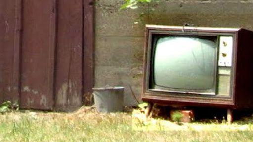 Governo anuncia que vai adiar o fim da TV analógica  em cidades menores