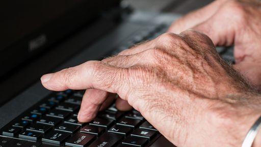 Eletropaulo é condenada a indenizar cliente de 80 anos por vazamento de dados