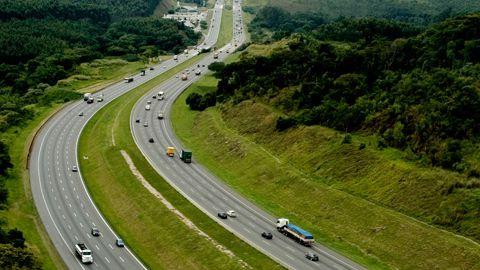 Waze conecta motoristas às rodovias do Brasil