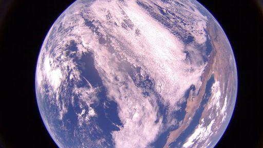 Vela solar LightSail 2 está enviando belas fotos da Terra vista do espaço