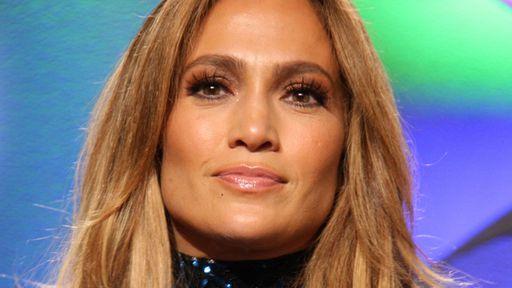 Atlas | Novo sci-fi da Netflix terá Jennifer Lopez como inteligência artificial