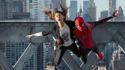 Homem-Aranha: Sem Volta para Casa   Imagens inéditas mostra herói em ação com MJ