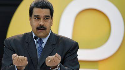Nicólas Maduro exige que bancos da Venezuela utilizem sua criptomoeda, o Petro