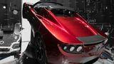 Novos cálculos indicam que Tesla Roadster enviado ao espaço pode cair na Terra