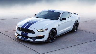 """Ford anuncia o SmartLink, gadget que """"transforma"""" carros antigos em conectados"""