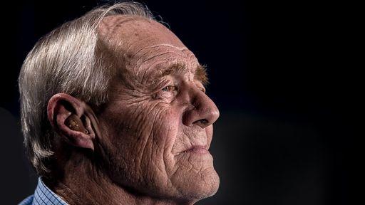 Pacientes idosos com COVID-19 relatam névoa cerebral a longo prazo; entenda