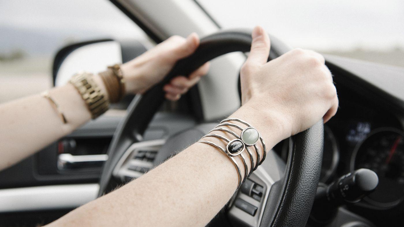 Alta na gasolina e desistência de motoristas afetam serviços de apps