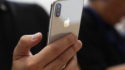 Produção do iPhone X cai, mas Apple produz mais iPhones do que há três anos
