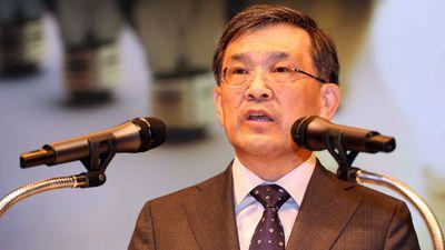 CEO da Samsung anuncia saída da empresa