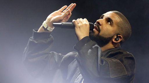 Apple Music foca em conteúdo exclusivo e lança curta-metragem de Drake