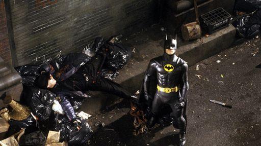 The Flash │ Fotos de bastidores revelam visual do Batman de Michael Keaton