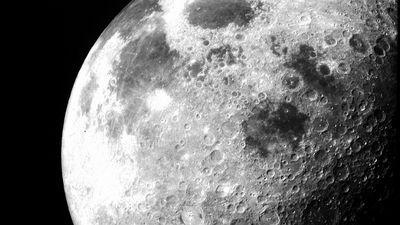 CEO da Amazon quer lançar serviço de entrega na Lua em 2020