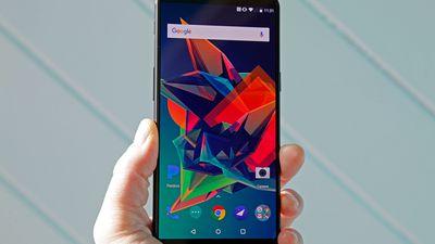 Nova atualização do OnePlus 5T traz melhorias significativas
