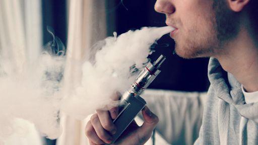 Cigarro e vape podem tornar COVID-19 mais severa