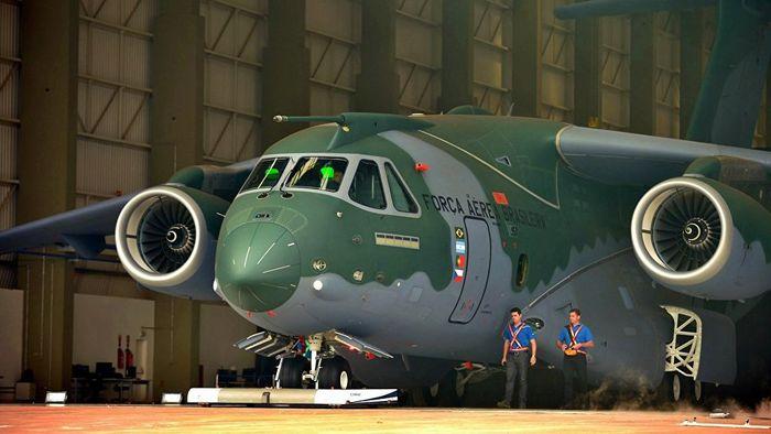 Resultado de imagem para KC-390