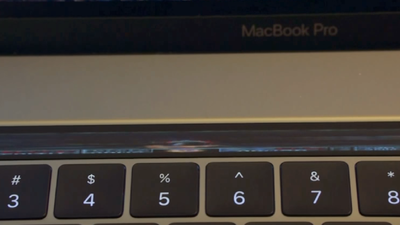 """Gênio"" roda Doom na Touch Bar do novo MacBook"