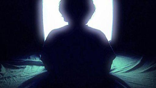 Assistir TV até tarde da noite pode estar associado à depressão