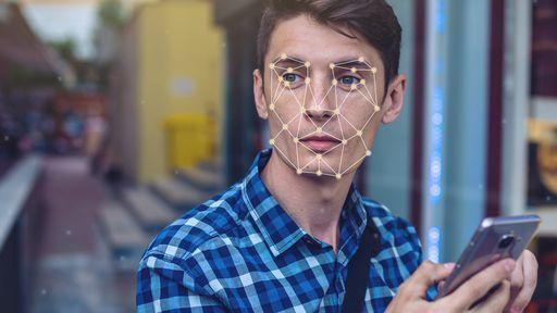 Software de reconhecimento facial da Amazon agora identifica emoções