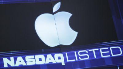 Faltam US$ 100 bi para que a Apple seja a única empresa trilionária do mundo