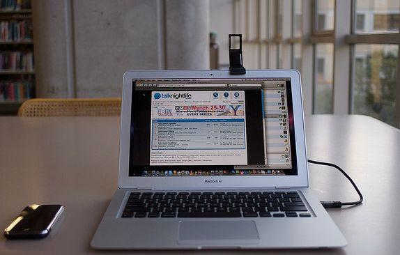 Macbook Air recarga sem fio iPhone