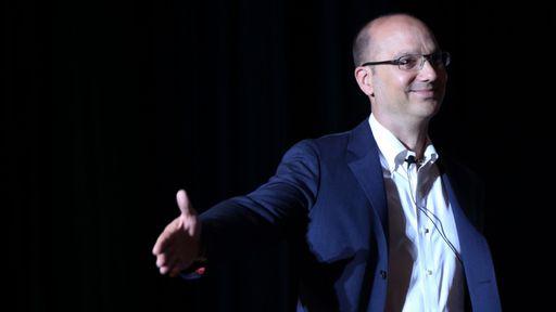 Andy Rubin é acusado de gerenciar rede de prostituição em processo civil