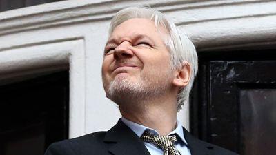 EUA acusam Assange de participação em vazamentos do Pentágono de 2010