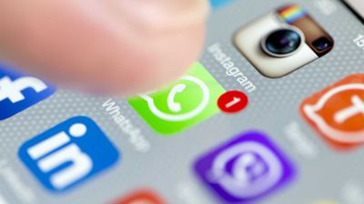 WhatsApp para iOS ganha recurso para combater envio de fake news