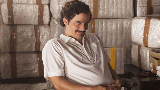 """Filho de Pablo Escobar critica """"Narcos"""" e lista 28 erros da 2ª temporada"""