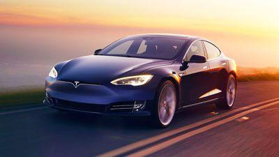 Após relatório da Citron Research, ações da Tesla fecham com alta de 12,7%