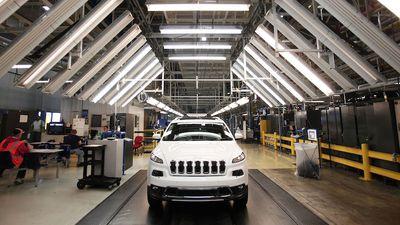 Falha em sistema da Chrysler deixa mais de 1,4 milhão de carros vulneráveis
