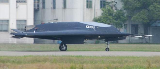 Drone chinês Sharp Sword