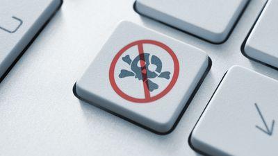 Facebook já removeu mais de 1,8 milhão de posts com conteúdo pirata