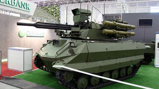 Rússia monta 1º pelotão militar de tanques-robôs autônomos