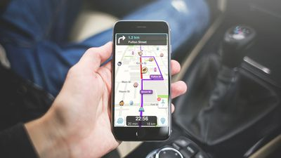Waze no Android Auto agora pode ser utilizado diretamente na tela do smartphone