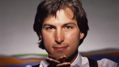 Tim Cook homenageia Steve Jobs no sétimo aniversário de sua morte
