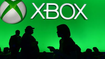 Microsoft é acusada de demitir funcionários do Xbox e trocá-los por voluntários