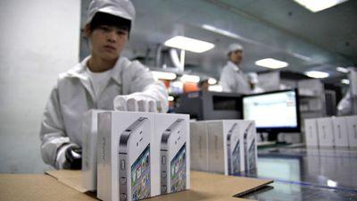 Apple está considerando fabricar iPhones nos EUA