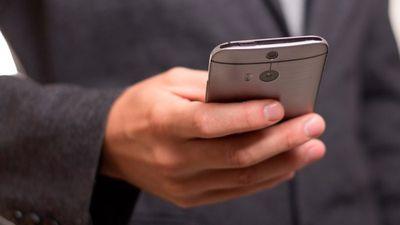 Itaú é o primeiro grande banco brasileiro a permitir abrir conta pelo celular